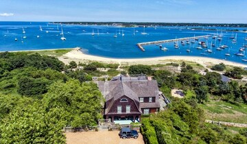 Private Aircraft charter to martha's vineyard